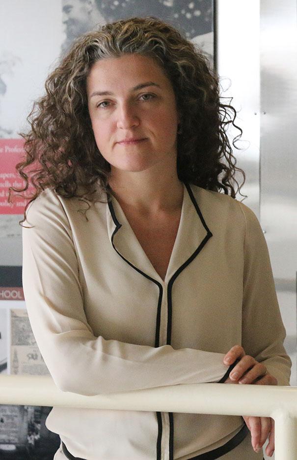 Dr. Lerna Ekmekçioğlu