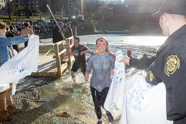 Polar Plunge nets more than $8K for Watauga County Special Olympics