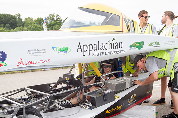 Appalachian's solar vehicle team qualifies for 2016 American Solar Challenge