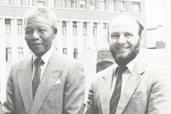 Meeting and Working with Nelson Mandela: Politics and Memory in a Democratic State