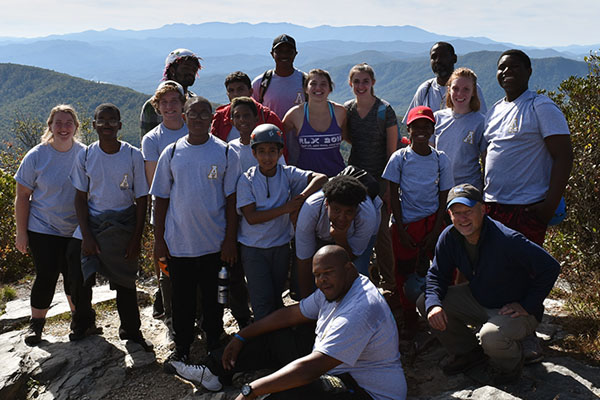 Appalachian Wilson Scholars host Charlotte middle schoolers for outdoor leadership and college access programs