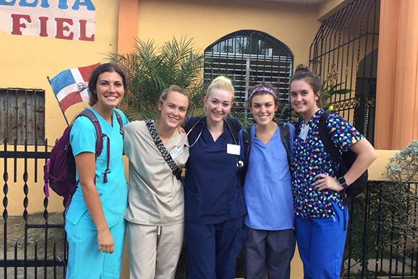 Five Appalachian students provide healthcare in Dominican Republic