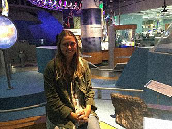 Biology major Elisabeth Panto receives internship at the Jet Propulsion Laboratory