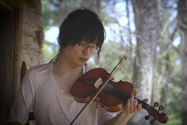 Shohei Tsutsumi '18 experiences life-changing encounter with Appalachian music and culture