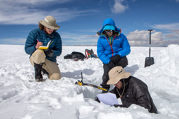 Climbing into thin air for climate research