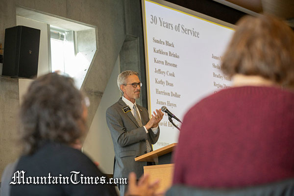 ASU honors staff members for decades of service [staff featured]