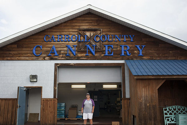 Preserving Community Canneries [faculty featured]
