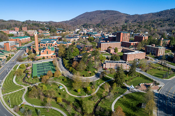 3,600-plus Mountaineer graduates set to make history during App State's virtual Spring 2020 Commencement