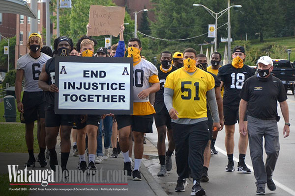 App State football players call meeting, organize Boone march to 'end injustice'