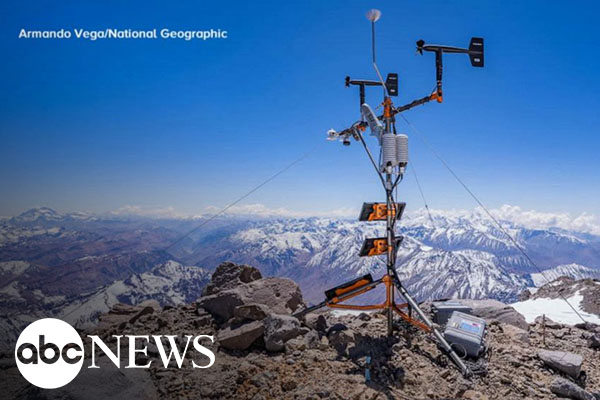 Expedition successfully places weather station on top of 19,000-foot volcano [faculty featured]